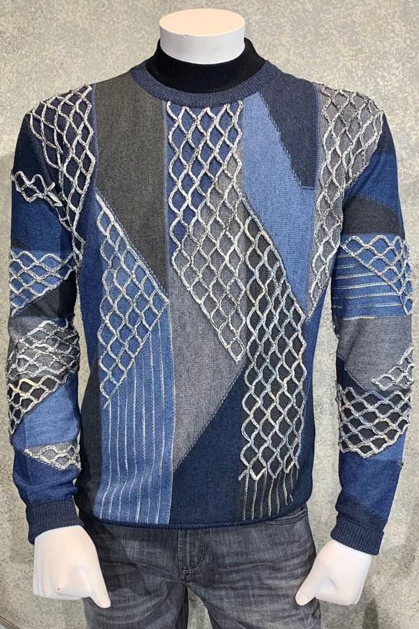 CREW Neck Sweater in Intricate Geometric Wave